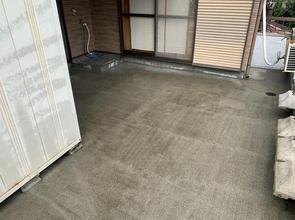 徳島県阿波市 防水工事 ベランダ 雨漏りが起こってからでは遅い 下地処理(高圧洗浄)