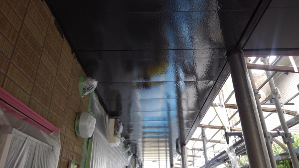徳島県鳴門市 外壁塗装 付帯部塗装 アパート 軒天塗装 エスケー化研 ノキフレッシュセラ