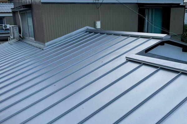 徳島県徳島市 M様邸 屋根葺き替え工事 ガルバリウム鋼板 完工