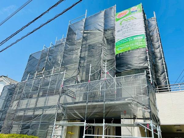 徳島県小松島市 S様邸 外壁塗装 足場の組み立て 飛散防止ネット(メッシュシート) (2)