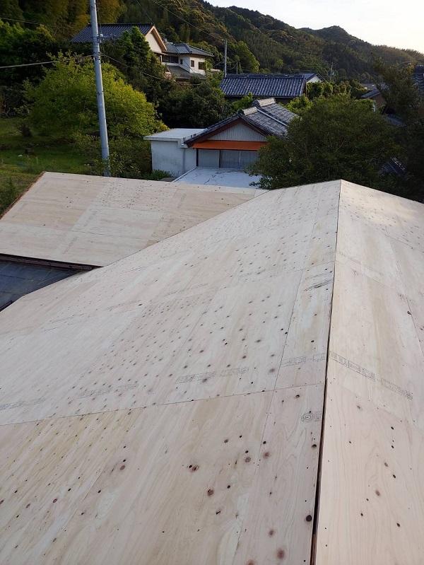 徳島県阿南市 B様邸 屋根葺き替工事 工程 立平嵌合式 (4)