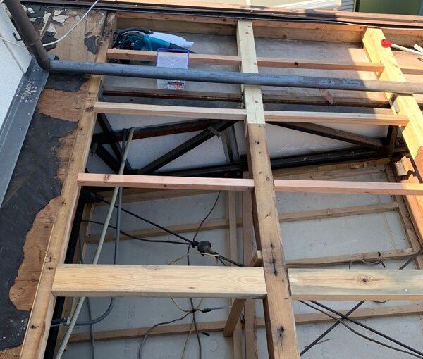 徳島県小松島市 N様邸 屋根葺き替え工事 下地の補強・張替え 野地板とは (6)