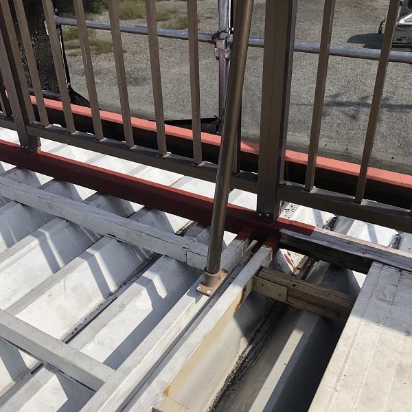 徳島県鳴門市 Y様邸 屋根塗装・外壁塗装・付帯部塗装 ベランダ鉄部 溶接補修 (3)