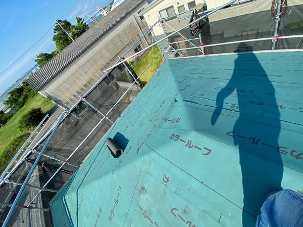 徳島県徳島市 H様邸 屋根葺き替え工事・破風板金交換・樋交換・外壁塗装 ルーフィング 2重張り (5)